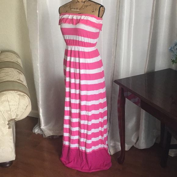 Aeropostale Dresses & Skirts - Beautiful long dress. Like new condition. Size S